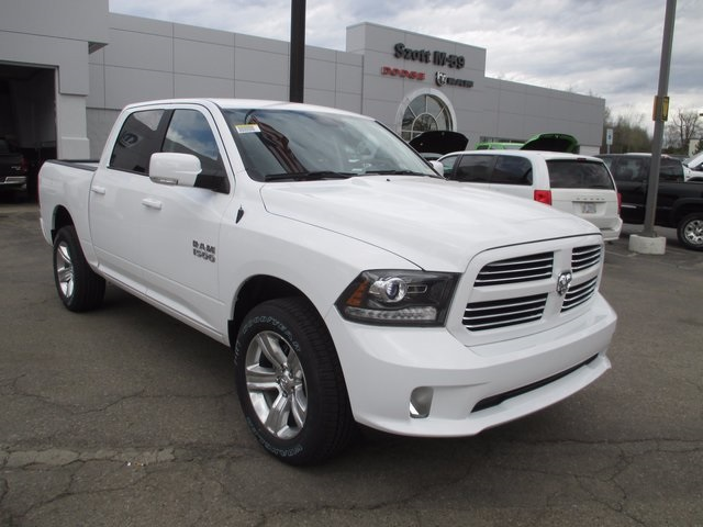new 2017 ram 1500 sport crew cab in highland hs738825 szott m59 dodge ram. Black Bedroom Furniture Sets. Home Design Ideas